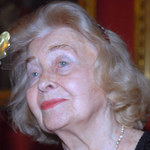 96-letnia Nina Andrycz nadal flirtuje
