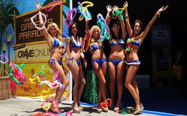 A jak wam podoba się pomysł usunięcia pięknych hostess z targów dla graczy? /AFP