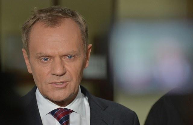 A tak wygląda premier bez retuszu /Radek Pietruszka /PAP
