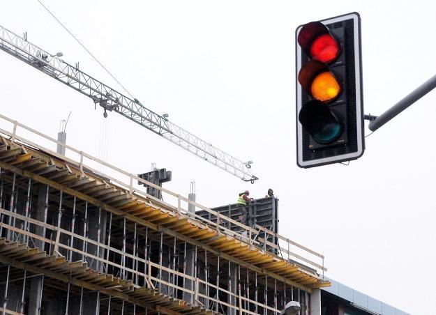 A ty przyspieszasz na żółtym? / Fot: Jacek Domiński /Reporter