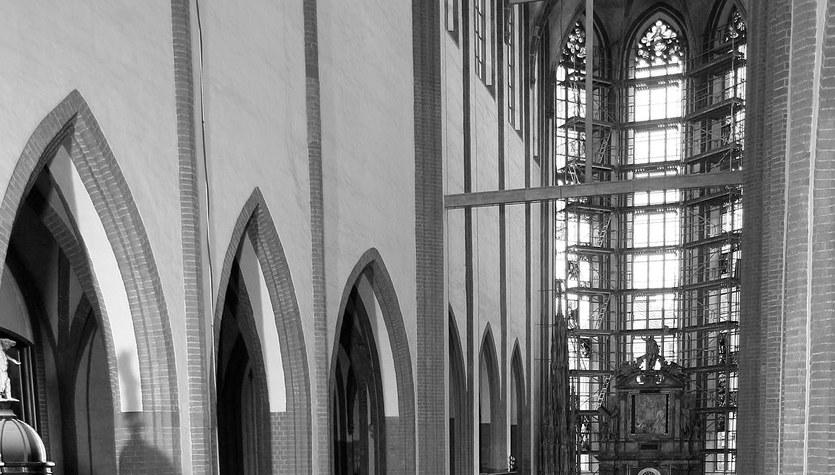 Abp Muszyński we Wrocławiu odprawił mszę w intencji ofiar dzisiejszej katastrofy