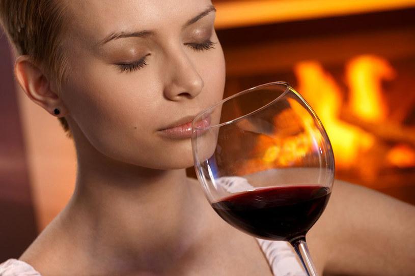 Aby wino domowe miało swój niepowtarzalny smak i cieszyło nasze serca, musimy zadbać o dobór najlepszych owoców /123RF/PICSEL