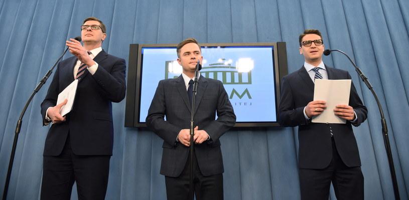 Adam Hofman, Mariusz Antoni Kamiński, Adam Rogacki /Radek Pietruszka /PAP