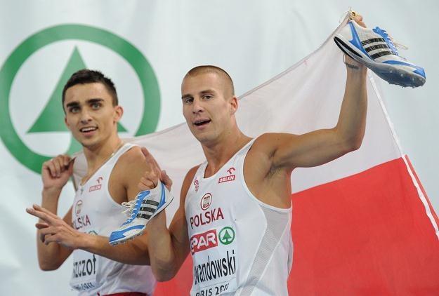 Adam Kszczot i Marcin Lewandowski /AFP
