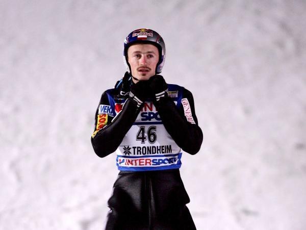 Adam Małysz prezentuje równą i dobrą formę /AFP