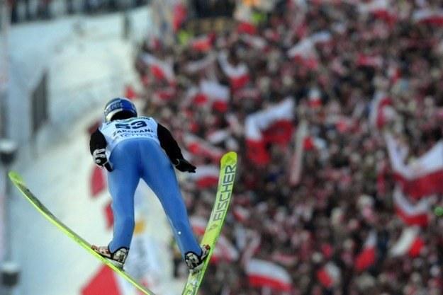 Adam Małysz w trakcie tegorocznego konkursu w Zakopanem /AFP