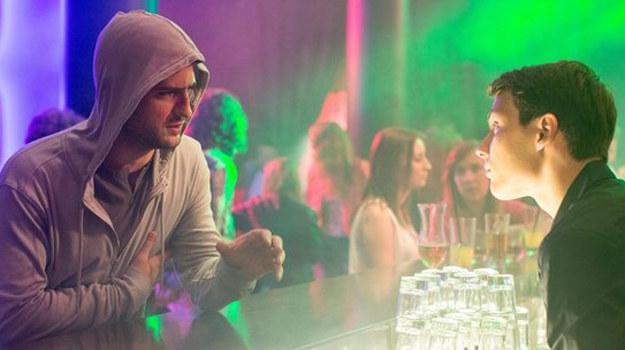 Adam pojedzie do klubu i zacznie wypytywać o mężczyznę, którego poznał w noc gwałtu /www.nadobre.tvp.pl/