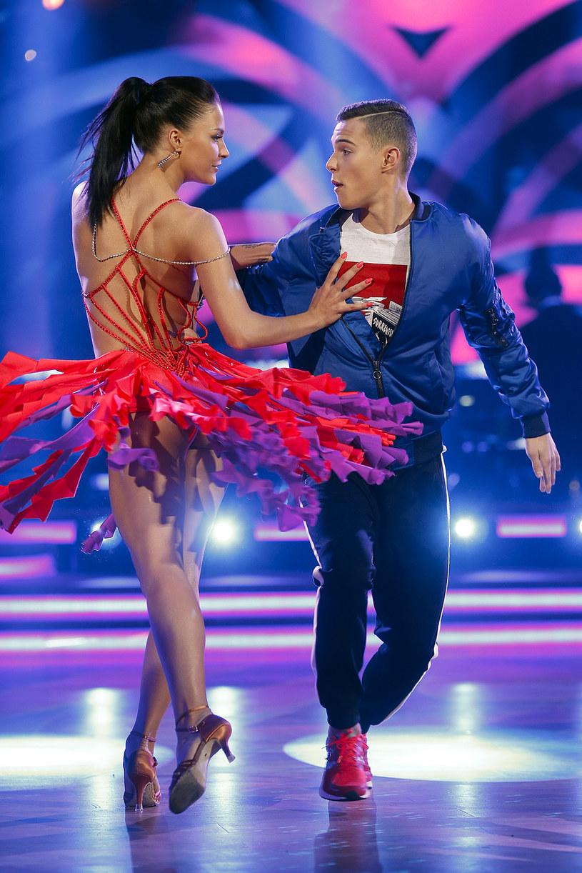 """Adam Zdrójkowski i Wiktoria Omyła wzięli udział w ósmej edycji programu """"Dancing with the Stars. Taniec z gwiazdami"""" /AKPA"""