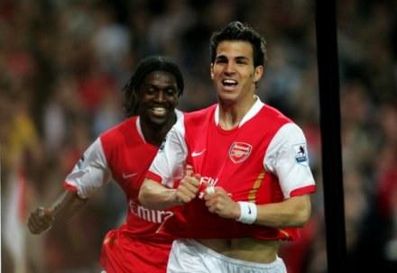 Adebayor: Jeśli Arsenal nie zagra w Lidze Mistrzów, Fabregas odejdzie /AFP