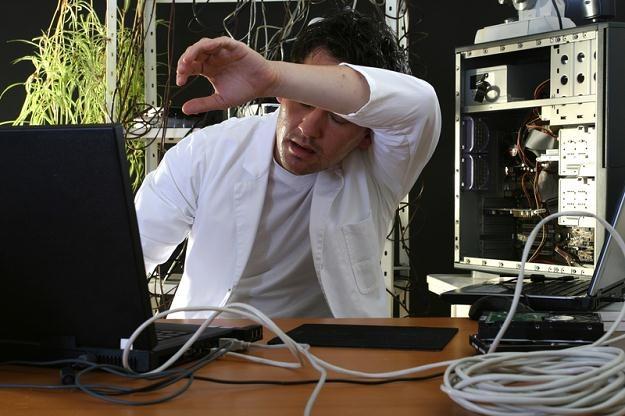 Administrator sieci powinien mieć dyplom magistra inżyniera informatyka /© Panthermedia