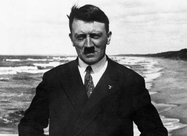 Adolf Hitler w 1921 roku /Getty Images/Flash Press Media