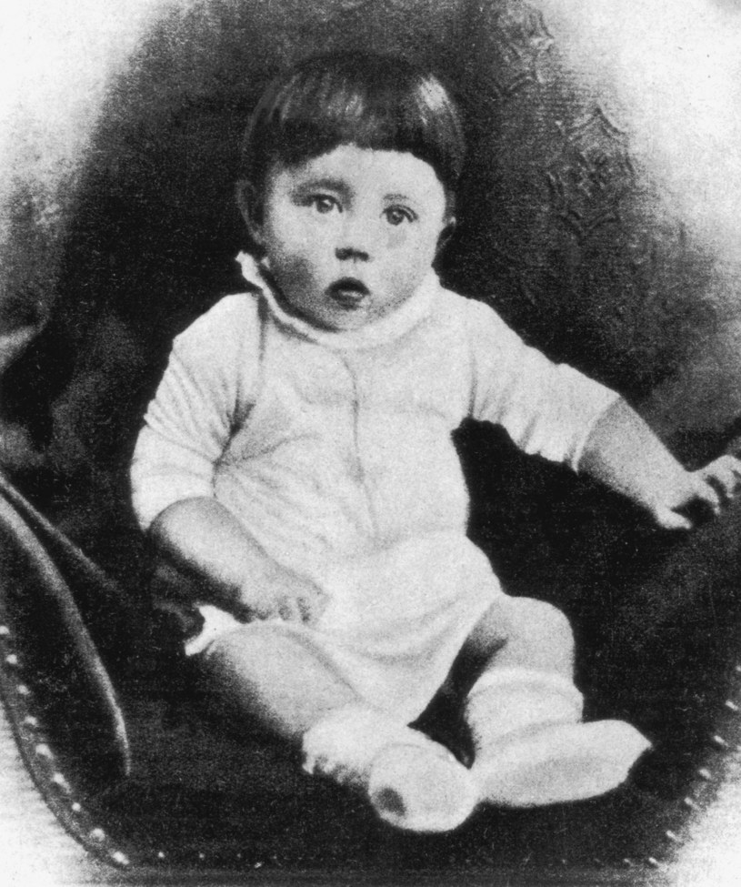 Adolf Hitler w dzieciństwie /Getty Images/Flash Press Media