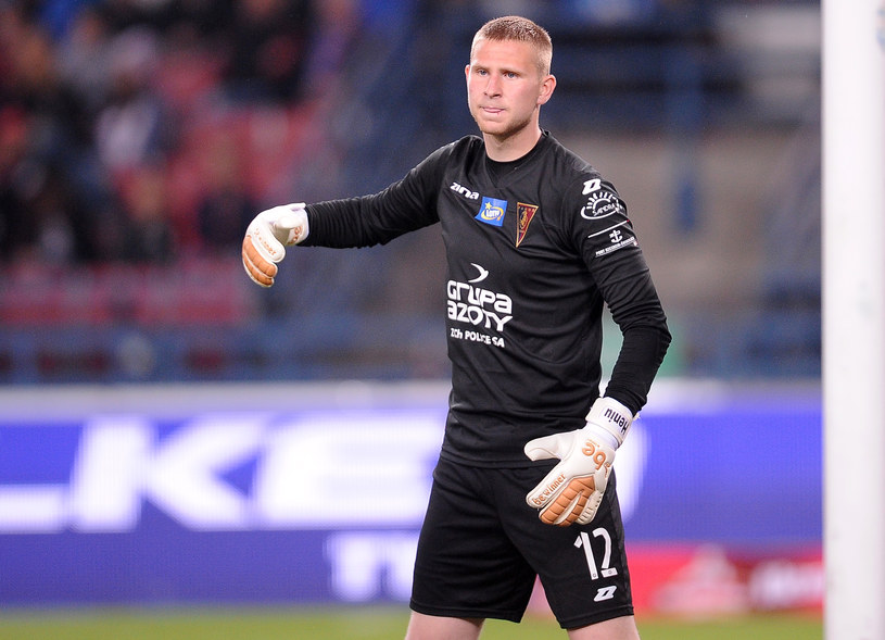Adrian Henger nie popisał się w meczu z Wisłą Kraków /Fot. Łukasz Sobala /Newspix