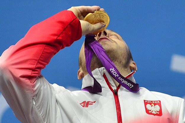 Adrian Zieliński zdobył złoty medal w Londynie /AFP
