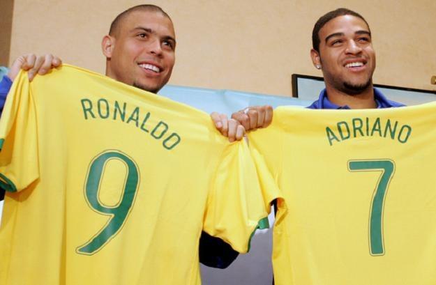 Adriano i Ronaldo zagrają razem jak za dawnych lat. Tym razem w Corinthians /AFP