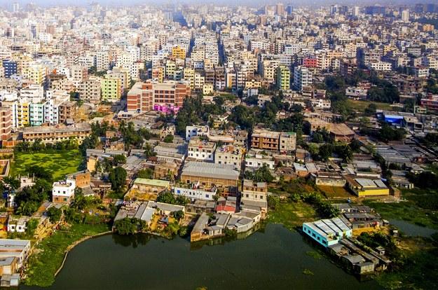 Aerial of Dhace - stolica Bangladeszu /123/RF PICSEL