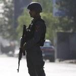 Afganistan: Napastnicy zastrzelili czterech modlących się muzułmanów