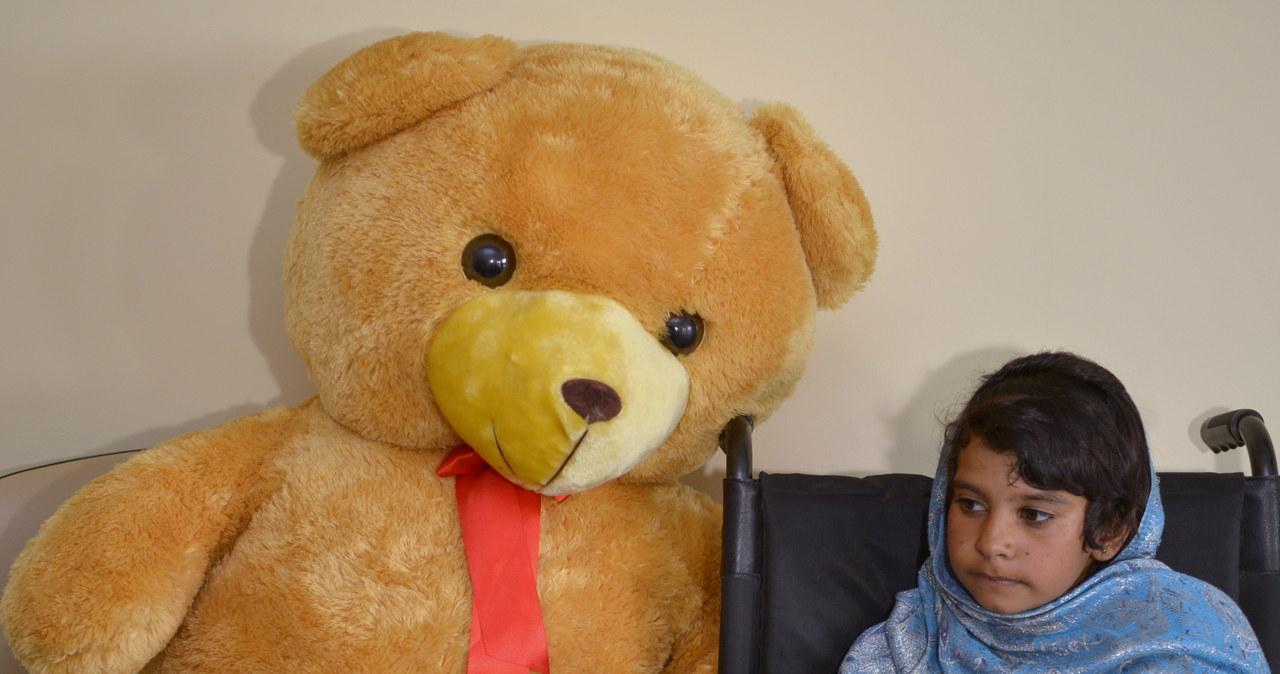 Afgańska dziewczynka przyleciała do Polski