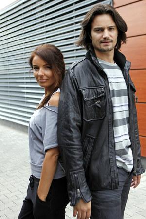 Agnieszka Włodarczyk i Mikołaj Krawczyk są parą na ekranie, a także w życiu. /fot  /AKPA