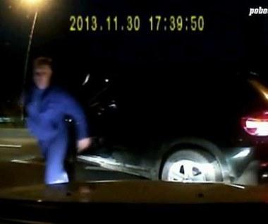 Agresywny kierowca BMW zgłosił się na policję i przyznał do winy