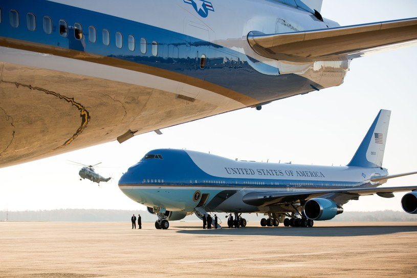 Air Force One w bazie wojskowej Andrews /Rex Features /East News