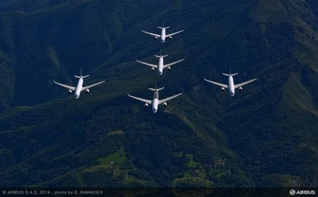 Airbus A350-900 /materiały prasowe