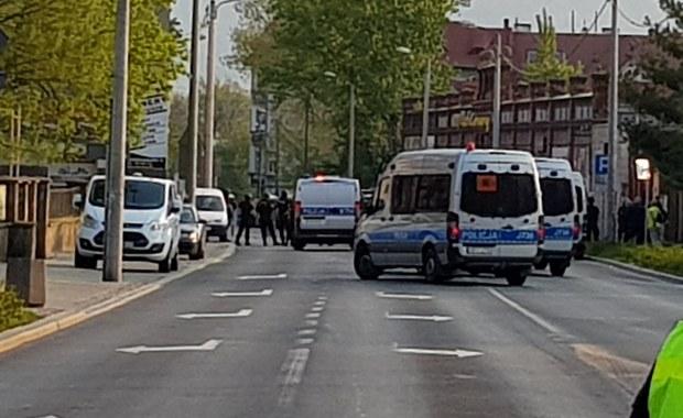 Akcja ABW w Dzierżoniowie. Zatrzymano organizatorów koncertu neofaszystów