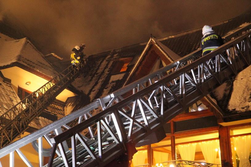 Akcja gaszenia hotelu Belvedere w Zakopanem /Grzegorz Momot /PAP