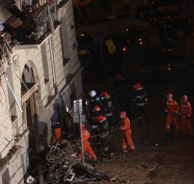 Akcja na miejscu katastrofy /Andrzej Grygiel /PAP
