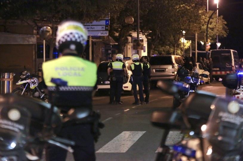 Akcja policji w Cambrils /DAVID GONZALEZ /PAP/EPA