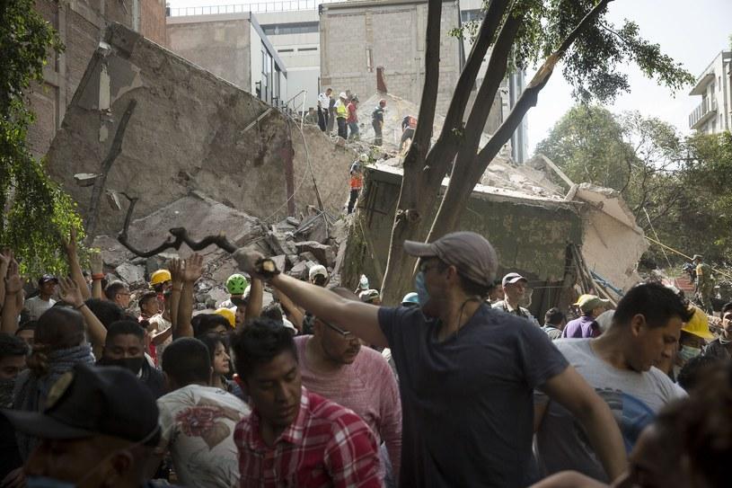 Akcja ratunkowa była spontaniczna i pełna chaosu /    Francois Pesant /East News