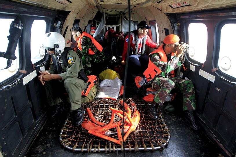 Akcje utrudniają złe warunki pogodowe /AFP