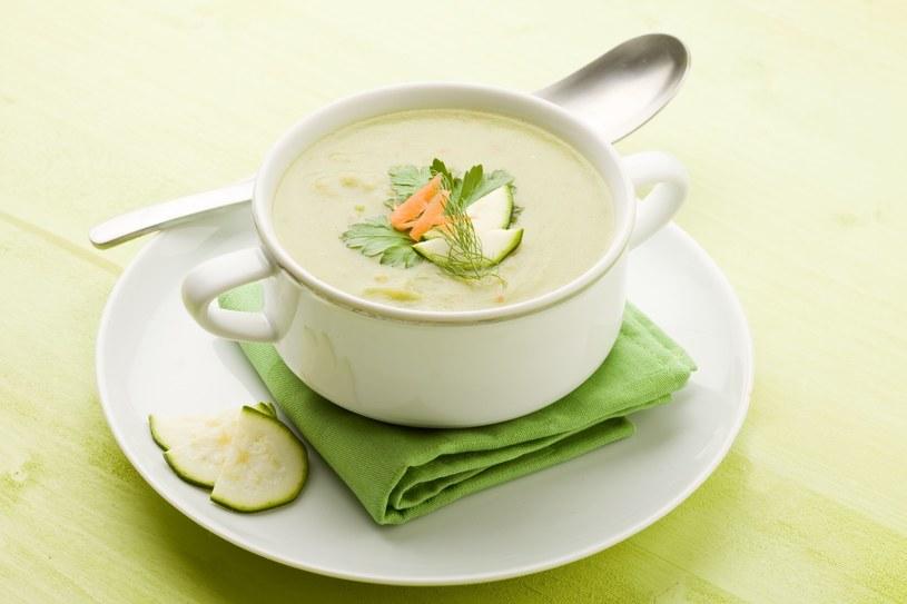 Aksamitna zupa krem z cukinii /123/RF PICSEL