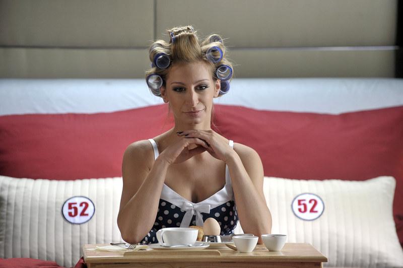 """Aktorka w serialu """"Hotel 52"""" /AKPA"""