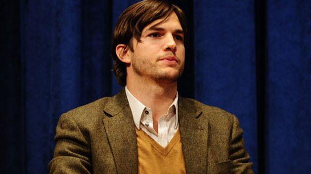 Aktorstwo to nie jedyne źródło utrzymania Ashtona Kutchera /AFP