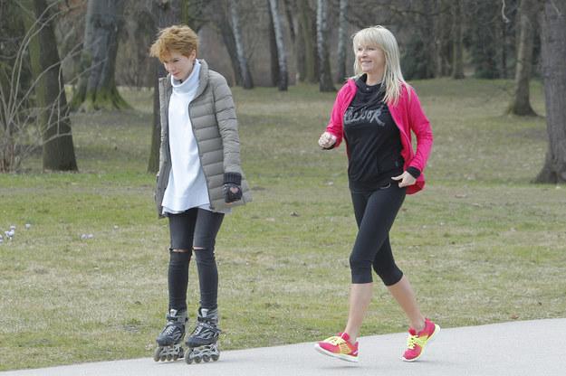 Aktywność fizyczna to stały element jej dnia. Dzięki temu, mając 56 lat, zrobi szpagat /Krzemiński Joran /AKPA