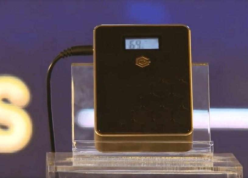 Akumulatory grafenowe zrewolucjonizują mobilną technologię /China Xinhua News /Internet