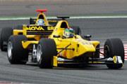 Alan Van der Merwe w swoim bolidzie. Czy będzie kiedyś jeździł w F1? /INTERIA.PL