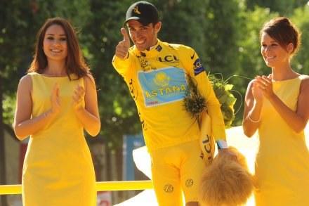 Alberto Contador - nie miał sobie równych podczas wyścigu /AFP