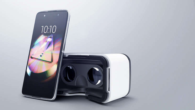 Alcatel Idol sprzedawany z goglami VR /materiały prasowe