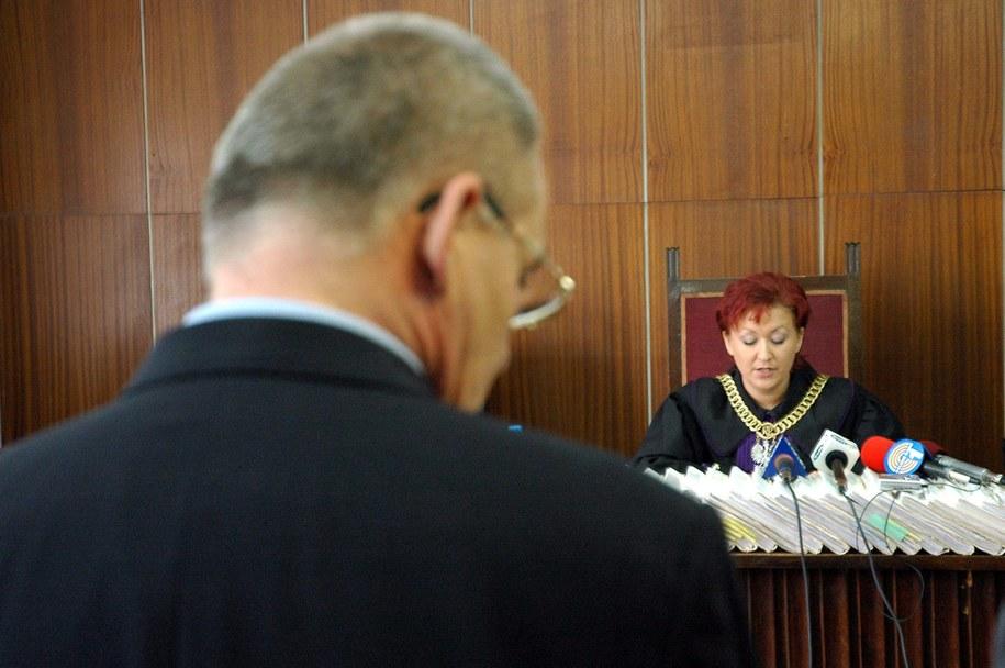 Aleksander G. na zdj. przed sądem w Słubicach / Jerzy Undro    /PAP/EPA