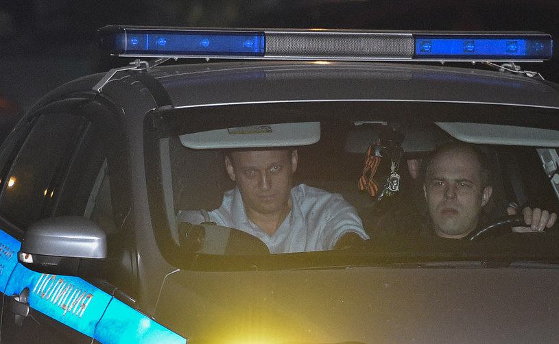 Aleksiej Nawalny został zatrzymany przez policję w piątek /VASILY MAXIMOV /AFP