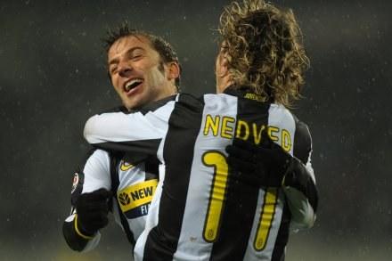 """Alessandro Del Piero cieszy się po strzeleniu 250. gola dla """"Juve"""" /AFP"""