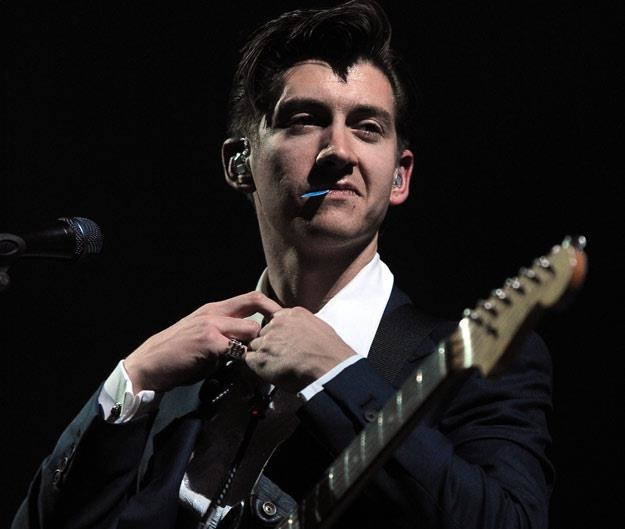 Alex Turner, wokalista Arctic Monkeys (fot. Kevin Winter) /Getty Images/Flash Press Media