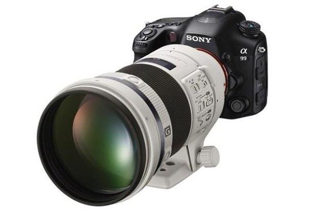 Alfa 99 z nowym obiektywem  300mm F2,8 G SSM II /materiały prasowe