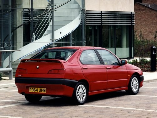 Alfa Romeo 146 /Motor