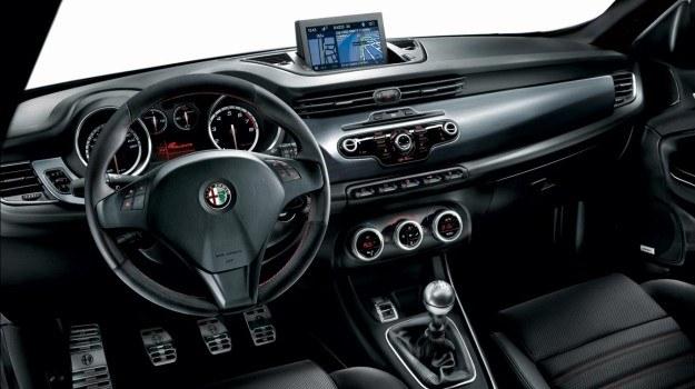 Alfa Romeo Giulietta z pakietem Sportiva /Alfa Romeo