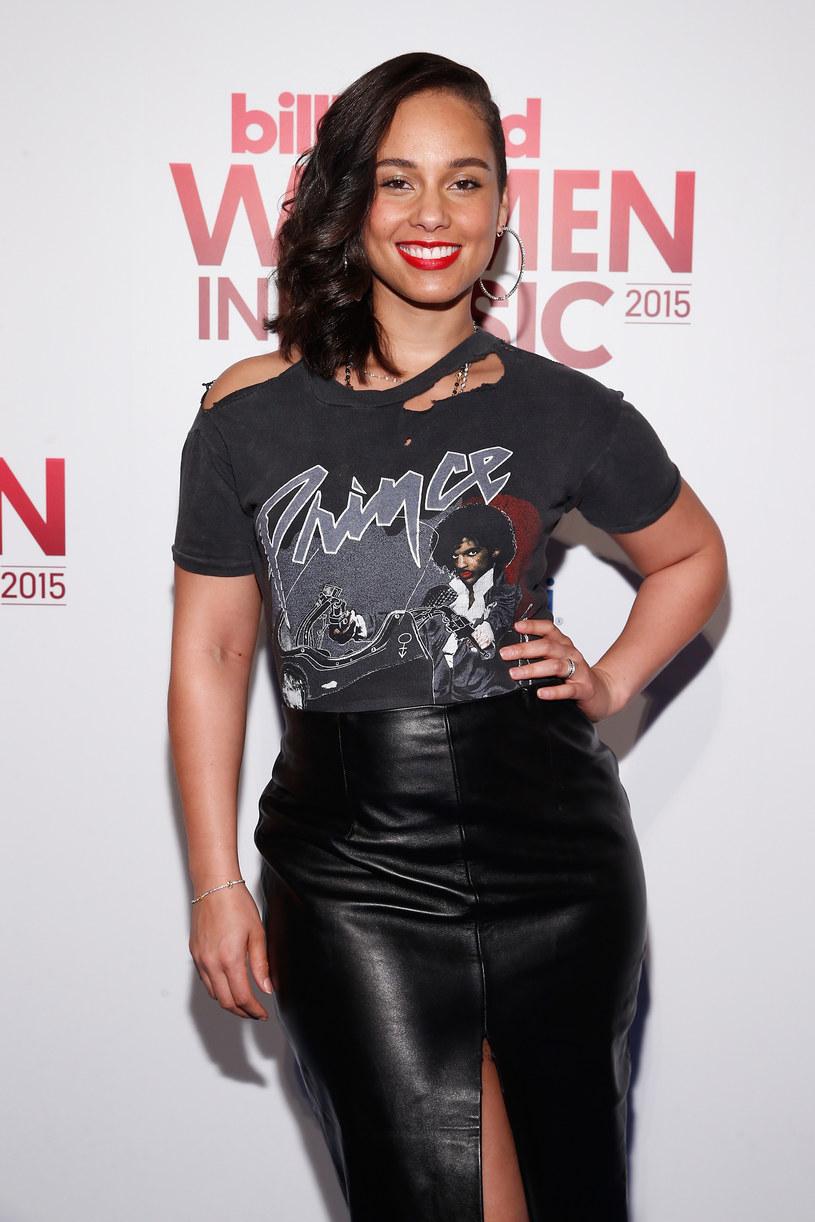 Alicia Keys w pełnym makijażu /Brian Ach /Getty Images