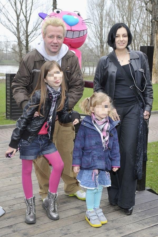Alicja Borkowska z Robertem Leszczyńskim i córką Vesną /- /AKPA