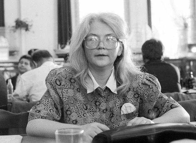 Alina Pienkowska w Stoczni Gdańskiej, 1990 r._fot. Tomasz Wierzejski/FOTONOVA /East News